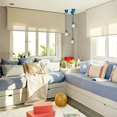 Today Kids Bedroom Ideas brings you 10 teen bedroom decor ideas that are great for any style and helps to keep the space tidy. Cool Teen Bedrooms, Shared Bedrooms, Trendy Bedroom, Girls Bedroom, Home Bedroom, Bedroom Decor, Bedroom Ideas, Boy Room, Home Decor