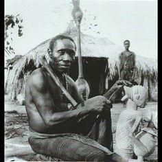 Imágenes y fotos de Ciudad de Benin, en el estado de Edo ...  Imágenes y fotos de Ciudad de Benin, en el estado de Edo, Nigeria.- El Muni.   Paisajes, gentes, ciudades, flora, fauna, pueblos africanos