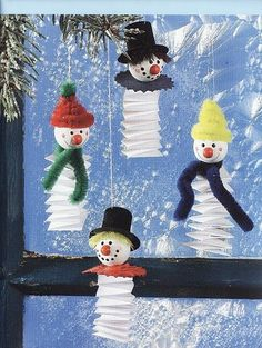 Schneemann Faltpapier Christmas for you – Christmas – Noel 2020 ideas Winter Crafts For Kids, Winter Kids, Art For Kids, Snowman Crafts, Holiday Crafts, Felt Crafts, Winter Christmas, Kids Christmas, Theme Noel
