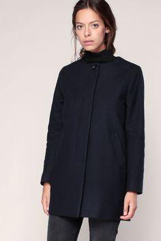 Manteau droit marine sans col Sessun prix Manteau Femme Monshowroom 225.00 €