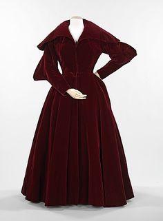 Evening coat Charles James (American, born Great Britain, 1906–1978) Date: 1949 Culture: American Medium: silk