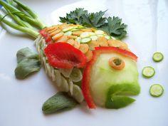 Komkommer, knoflook, worteltjes, courgette, artisjok, paprika en peterselie #samensterk #foodart