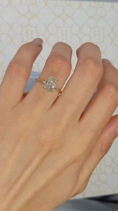 Unique Solitaire Engagement Ring, Rectangle Engagement Rings, Yellow Engagement Rings, Solitaire Diamond, Oval Diamond Rings, Unique Vintage Engagement Rings, Different Engagement Rings, Most Beautiful Engagement Rings, Diamond Promise Rings