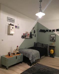 Ook in een stoere jongenskamer komt Early Dew goed uit de verf :-) Girls Bedroom, Bedroom Decor, Unique Teen Bedrooms, Kid Spaces, New Room, Room Inspiration, Kids Room, Boys Room Paint Ideas, Barn