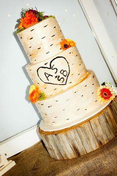 Rustic natural wedding cake design