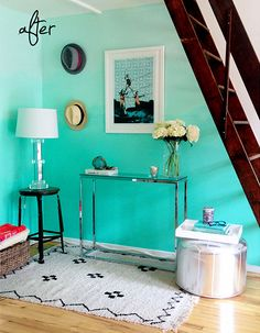 Turquoise Ombre Wall http://www.handimania.com/diy/turquoise-ombre-wall.html