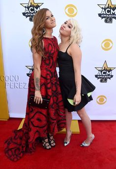 Academy of Country Music Awards 2015: Cassadee Pope & RaeLynn walk the red carpet.