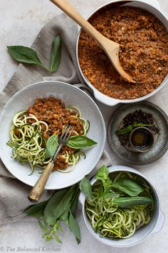 Mushroom, Lentil & Vegetable Ragu with Courgetti recipes recipeoftheday easy eat recipe eat food fashion diy decor dresses drinks Healthy Salad Recipes, Veggie Recipes, Whole Food Recipes, Vegetarian Recipes, Cooking Recipes, Veggie Dishes, Pasta Dishes, Wheat Pasta Recipes, Healthy Snacks