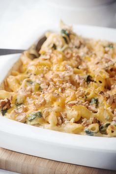 Autumn Pasta Bake Recipe ~ Wonderful and flavourful spin on the more traditional mac and cheese... absolutely delicious!