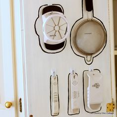 cabinet-door-organization coutrychiccottage.jpg