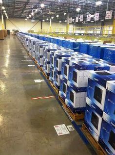 Sony PlayStation 4 (Latest Model)- 500 G Jet Black Console + 2 wireless controllers http://www.tradeguide24.com/4627_Sony_PlayStation_4_(Latest_Model)__500_GB_Jet_Black_Console___2_wireless_controllers #playstation4 #stocklot #wholesale