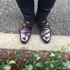 ややオイリーな光り方 嫌いじゃないです I wear Alden burgundy shellcordovan single monk strap today. #alden #オールデン #足もと倶楽部 #leathershoes #horween #shellcordovan #fashion #kicks #todayskicks #Tokyo #KOTD #aldenarmy #YOLO #tagsforlike #tflers #instagood #instadiary #instalike #instapic #instaphoto #madeinusa #leathergoods #shoestagram #instashoes #shoeporn
