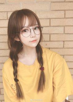 New drawing body proportions anatomy ideas Cute Japanese Girl, Cute Korean Girl, Cute Asian Girls, Beautiful Asian Girls, Cute Girls, Cute Glasses, Girls With Glasses, Girl Glasses, Kawai Japan
