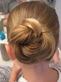 Girl hairdos from Babes in Hairland