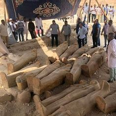 Archaeologists in Egypt discover 20 ancient coffins near Luxor Vent Violent, Egypt News, Valley Of The Kings, Archaeological Finds, Ancient Egypt, Ancient History, Coffin, Archaeology, Bangkok