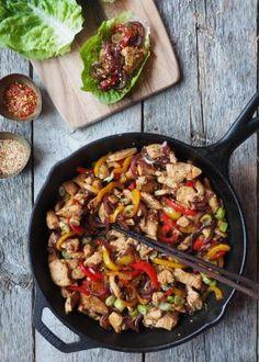 One pot wonder - lettvint gryterett - Mat På Bordet One Pot Wonders, Wok, Paella, Chili, Nom Nom, Spicy, Healthy Living, Baking, Ethnic Recipes