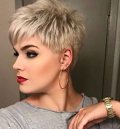 Short Blonde Pixie - Pixie Haircuts for Thick Hair – 50 Ideas of Ideal Short Haircuts - The Trending Hairstyle Popular Short Hairstyles, Short Hairstyles For Thick Hair, Short Pixie Haircuts, Short Hair Cuts For Women, Hairstyles Haircuts, Curly Hair Styles, Brown Hairstyles, Short Pixie Cuts, Short Bobs