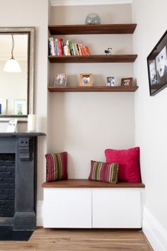 4 Wondrous Diy Ideas: How To Build Floating Shelves Bookcases farmhouse floating shelves sinks.Floating Shelves Nursery Decor single floating shelf home.White Floating Shelves With Lights. Living Room Shelves, Living Room Storage, Home Living Room, Living Room Designs, Living Room Decor, Alcove Ideas Living Room, Alcove Decor, Alcove Seating, Corner Seating