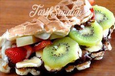 Çikolatalı Waffle Tarifi Deli, Fruit Salad, Nutella, Sushi, Baking, Breakfast, Ethnic Recipes, Desserts, Foods
