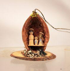 Miniature Nativity in Walnut Shell Creche by MothersMiniTreasures