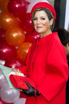 "Queen Máxima of the Netherlands attends the presentation of the ""Central Child"" (Kind Centraal) award of the foundation The Forgotten Child on February 2015 in Goirle, Netherlands Paris Match, Royal Princess, Queen Maxima, Royal Fashion, King Queen, Work Fashion, Her Style, Celebrity Style, Holland"