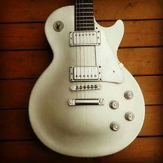Gibson Les Paul Studio Platinum Limited Edition...Sweet!