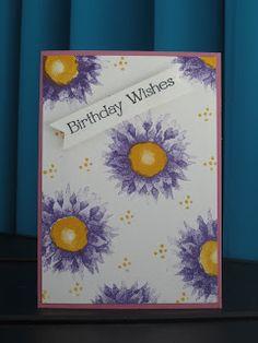 Mijn stempelset in de hoofdrol is deze week de Painted Harvest. Ik ben helemaal weg van de zonnebloemen (zie ook het kaartje van gisteren), ...