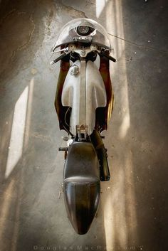 'The Boy Racer' 1962 AJS 7R race bike :: Douglas MacRae