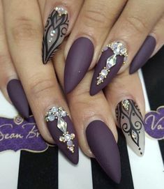 ▷ ideas for sharp nails - design and design - Nageldesign - Nail Fabulous Nails, Gorgeous Nails, Pretty Nails, Gorgeous Makeup, Ongles Bling Bling, Bling Nails, Stiletto Nail Art, Matte Nails, Acrylic Nails