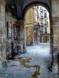 Plaza Nueva de Bilbao escenario de EL RENCOR DE LA MONTAÑA INSOMNE www.samuelvernal.com
