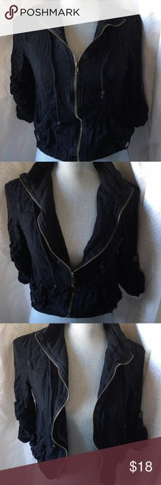 Black zip up long sleeve top Cute zip up black long sleeve sweater with pockets bling bling Tops