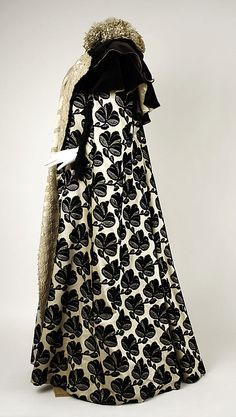 Evening Mantle, House of Worth 1895, French, Made of silk