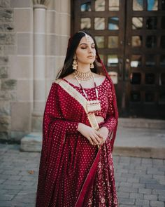 Gold dotted lehenga with golden bordered dupatta along with a stunning jewellery set to complete this vision of perfection Indian Bridal Wear, Indian Wedding Outfits, Bridal Outfits, Indian Outfits, Bridal Dresses, Nikkah Dress, Pakistani Formal Dresses, Pakistani Outfits, Indian Dresses