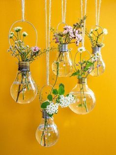 "Hanging Light Bulb Planters & Vases DIY for ""Urban Jungle Bloggers"" (plus Buchverlosung) - ""Fee ist mein Name"" #bulbplanters"