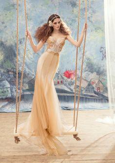 Champagne Mermaid Spaghetti Straps Tulle Chapel Train Wedding Dresses