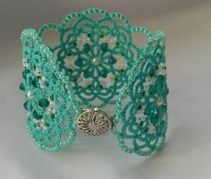 Hey, I found this really awesome Etsy listing at https://www.etsy.com/listing/218879158/green-lace-bracelet-tatted-bracelet