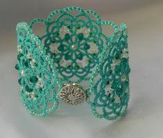 Ehi, ho trovato questa fantastica inserzione di Etsy su https://www.etsy.com/it/listing/218879158/green-lace-braceletturquoise-bracelet