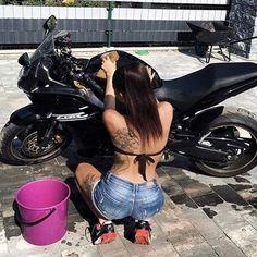 WEBSTA @ ridingsexy - ❤️❤️ @ladycroft7777 _IBRAAP LIFESTYLE ______________________ #ridingsexy #bikergirlsofinstagram #instagram  #bikergirls #bikelife #stance #girlswhoride #bikersofinstagram #sexy #tiptoegang #follow  #honda #ducati #kawazaki #suzuki #bikerchicks #photooftheday #bikerguys #stuntgirls #ruffriders #instagramstories #aprilia #ridinpretty #live #yamaha #redlineravens #weekend #rideordie #love #motorcycleFollow on  Twitter :: ridingsexy FB:: Ridingsexy Pinterest :: riding sexy…