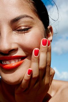Clean & fresh beauty products to try this summer.