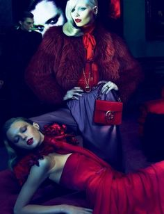 Gucci Fall/Winter 2011 Analogous color, Violet, re-violet, and red