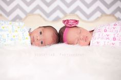 Twins!! I had a pleasure to work with 2 simply perfect babies, I'm in love with those eyes!! » Central Missouri newborn, children and family portrait photographer | Violetta B Photography