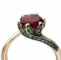 Image de ring, flower, and cute anillo de la Bella y la Bestia 2017