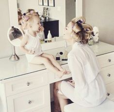 mother and daughter love or bride and flower girl Future Daughter, Future Baby, Mother Daughters, Mother Daughter Pictures, Mother Daughter Fashion, Daughter Love, Style Feminin, Family Goals, Cute Family