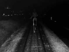 Juxtapoz Magazine - Surreal GIFS Combining Archival Footage and Old Photos From Bill Domonkos