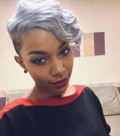 Grey hair or pixie cut? In this post you will find the best images of Pixie Haircut for Gray Hair that you will love! Hair trends come and. Shaved Side Hairstyles, Short Black Hairstyles, Hairstyles For Round Faces, African Hairstyles, Pixie Hairstyles, Pixie Haircut, Hairstyles With Bangs, Braided Hairstyles, Short Haircuts