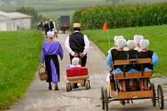 on the way to church and other Amish photography in Lancaster County