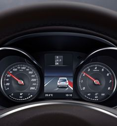 Mercedes-Benz-GLC_Coupe-2017-Cluster (4)