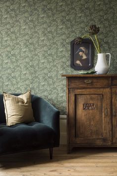 This charming design features blooms surrounded by curling green stems. Printed in green, from Anno by Borastapeter. Decor, Furniture, Home Decor Inspiration, Interior Decorating, Interior, Home Decor, Art Deco, Green Wallpaper, Interior Design