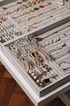 Schmuckaufbewahrung f r Ringe Ketten Brillen Co Fashiioncarpet Jewelry Closet, Jewelry Drawer, Kids Jewelry, Jewellery Storage, Cheap Jewelry, Jewelry Mirror, Jewelry Box, Leather Jewelry, Jewelry Rings