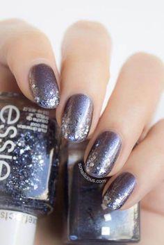 Kosmische Liebe - DIY Ideen für schöne Nägel zum Valentinstag